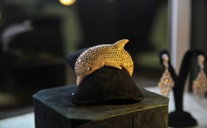 RCM gioielli Dolphin Bangle showcased at the Singapore International Jewelry Expo (SIJE) 2013