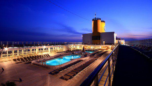 Shipsomnia Pool Deck