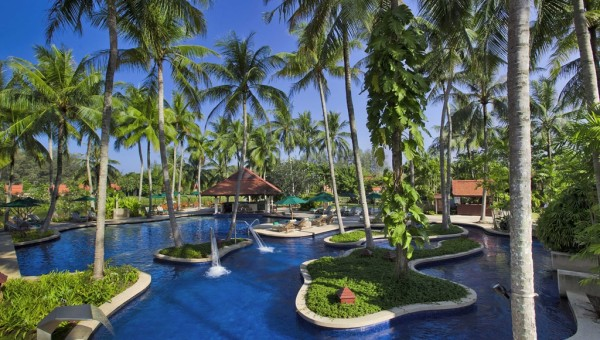 Banyan Tree Main Swimming pool