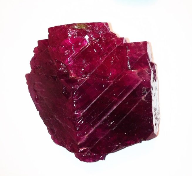 950-ct Carat Burmese Ruby Rough