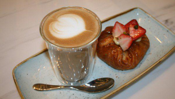 Gourmet Coffee & Artisanal Pastry at Mon Bijou