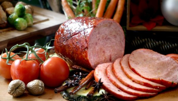 okinawa-black-sugar-glazed-ham-with-red-cabbage-casserole-r