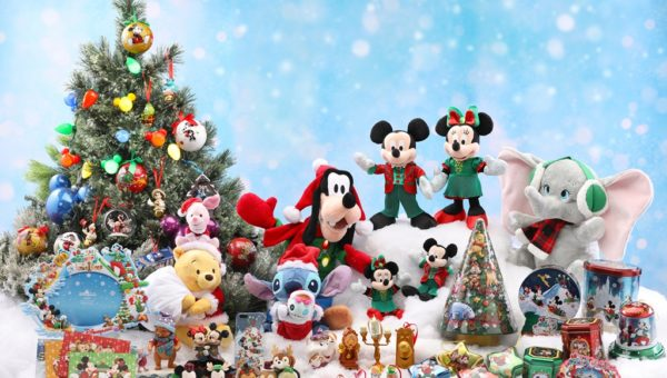 2017 A Disney Christmas merchandise group
