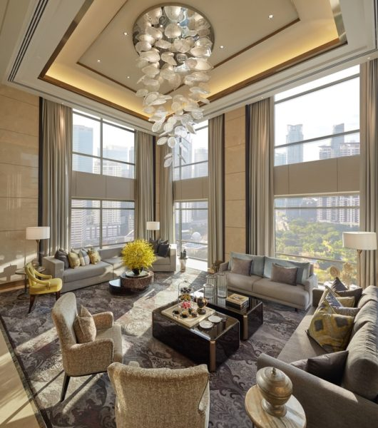 Presidential Suite - Living Room (daylight)