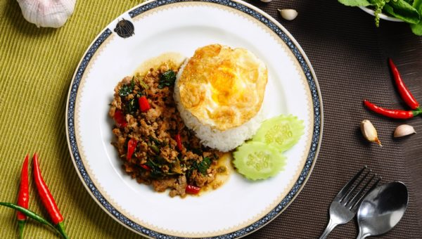 Pad Krapow(Fried Pork with Chilli & Basil Leaves & Rice)