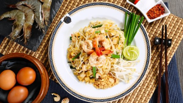 Pad Thai (Thai Fried Rice Noodle)