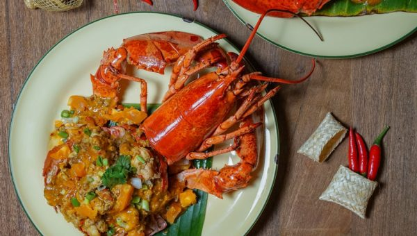 Stir-Fried Lobster with Salted Egg Sauce