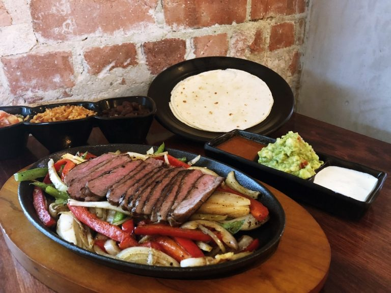 Ribeye Steak Fajita Platter