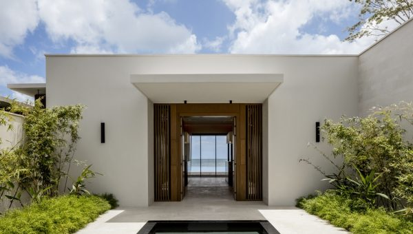 Silversands Villa Entrance