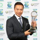 Tenniel Chu, Vice Chairman of Mission Hills Group collects the IAGTO Award