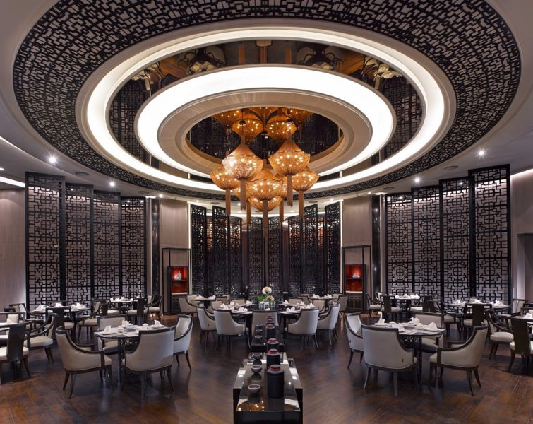 Experience An Elegant Oriental Dining At Wan Chun Ting