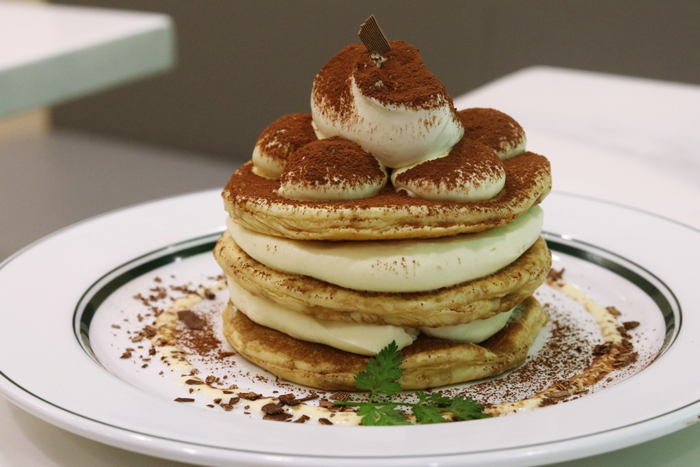Rich Tiramisu Pancakes