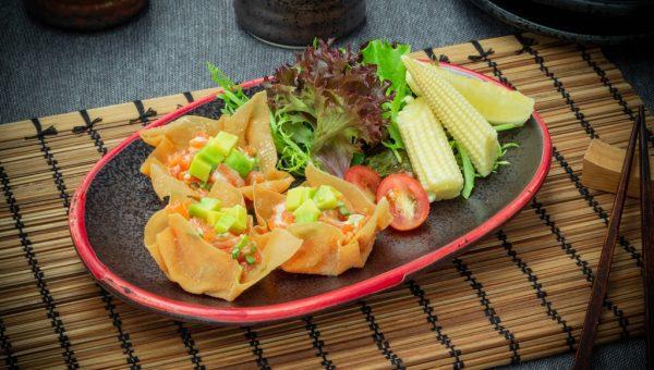 Salmon tartar Ichinoji Style