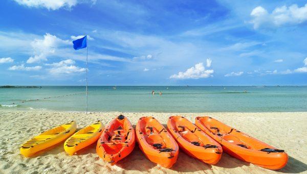 Bintan Lagoon Resort - Water activities