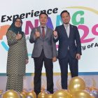 Mdm Ida Harlina Mohd Idris, Deputy Director for Tourism Malaysia Singapore Office, YB Yeoh Soon Hin, State Exco for Tourism, Arts, Culture & Heritage, Mr Ooi Chok Yan