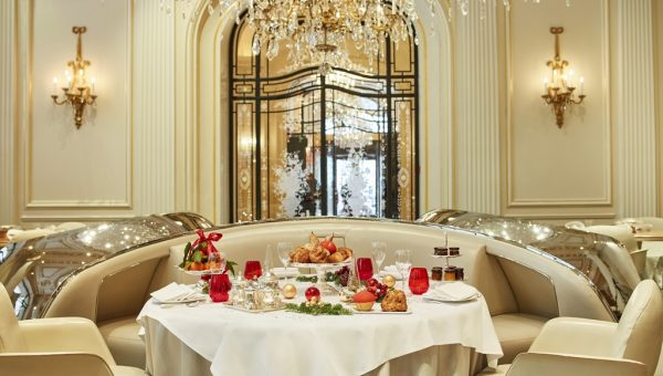 HotelPlazaAthenee-Festive-Season-Brunch-2-LR-by-Tom-Fallon