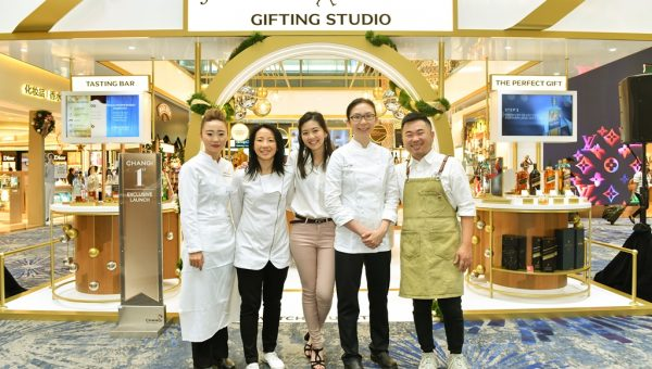 Cindy Khoo, Janice Wong, Samantha Tan, Cheryl Koh, Pang Kok Keong (L to R)_2