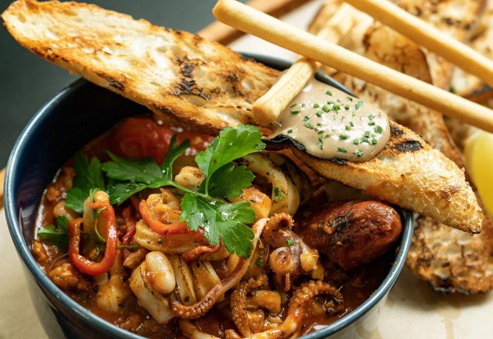 PS.Cafe ECP Chorizo & Calamari Stew