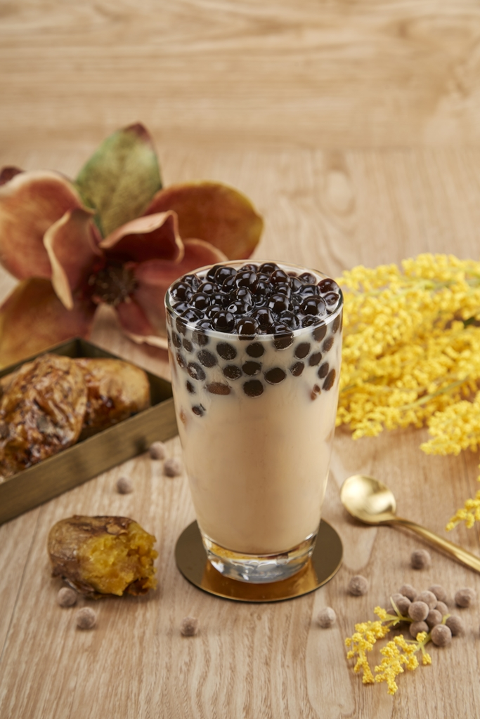 Sweet Potato Black Tea Latte with Pearls(2)
