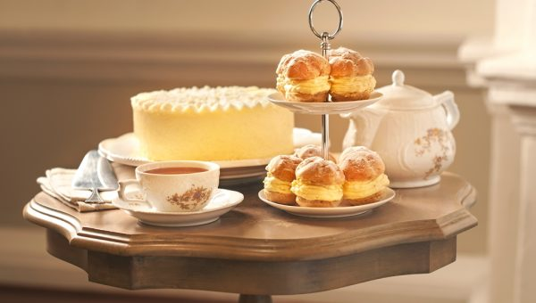 Durian Puffs & Mousse Cake