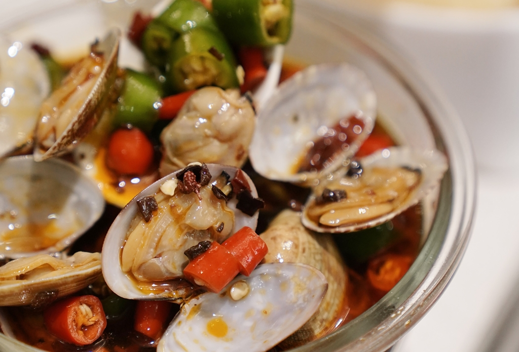 Lala Clams in Spicy Sauce