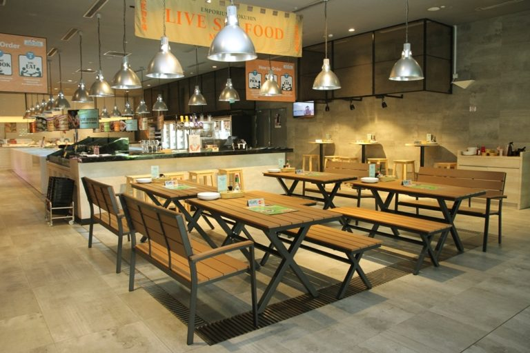 Singapore's Largest Live Seafood Market Dining Concept opens ...