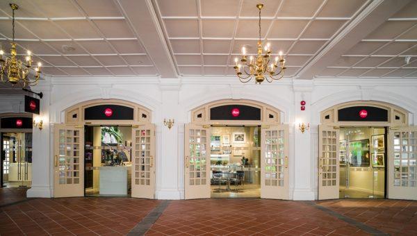 LEICA SL Leica Store Front Interior-1