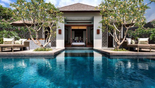 One Bedroom Beachfront Villa - Pool
