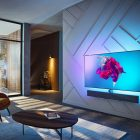 Philips OLED + 984 TV